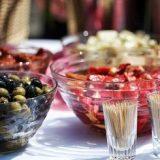 Кетъринг - какво е и как се храним с него